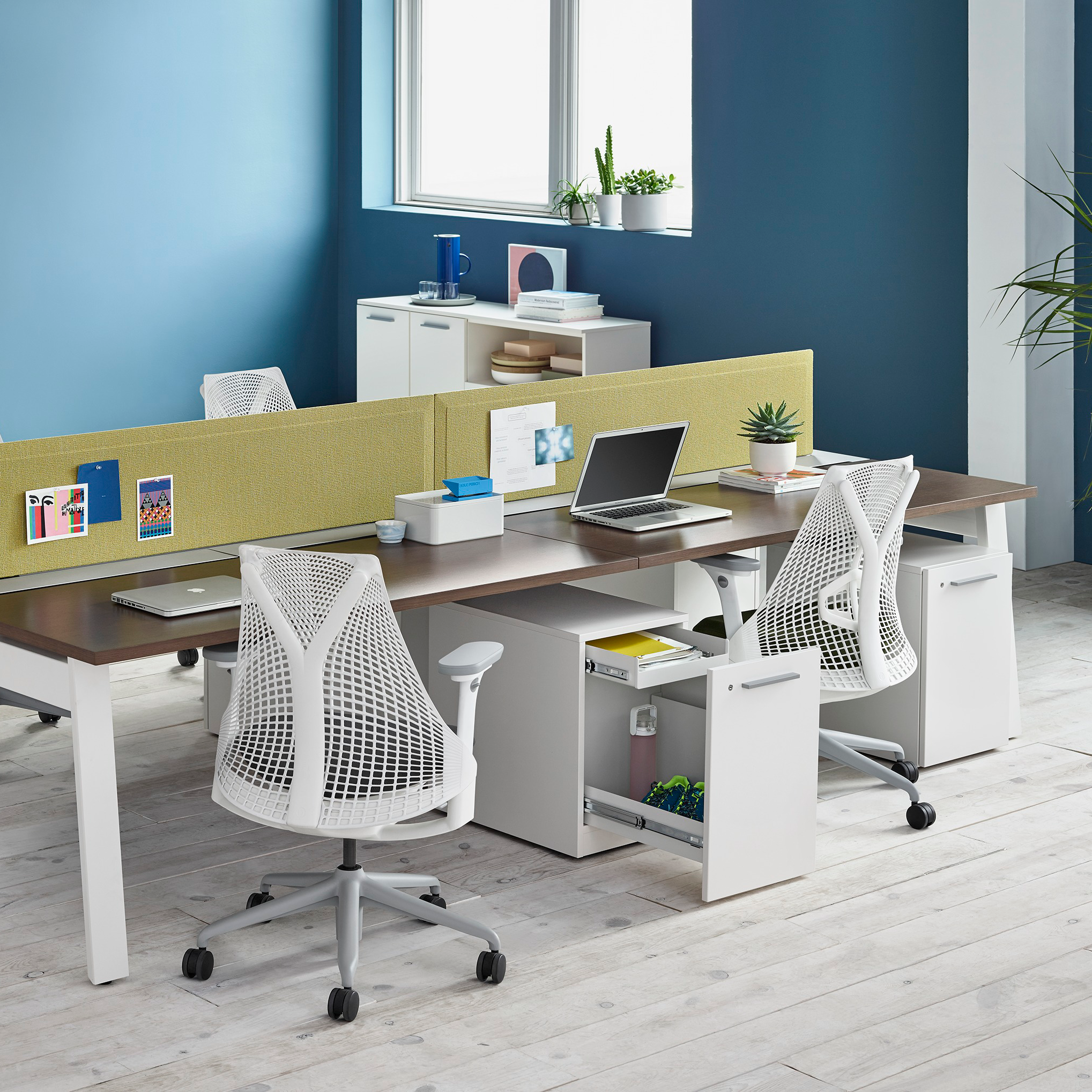 Office furniture dealer nyc certified herman miller for Designer furniture new york