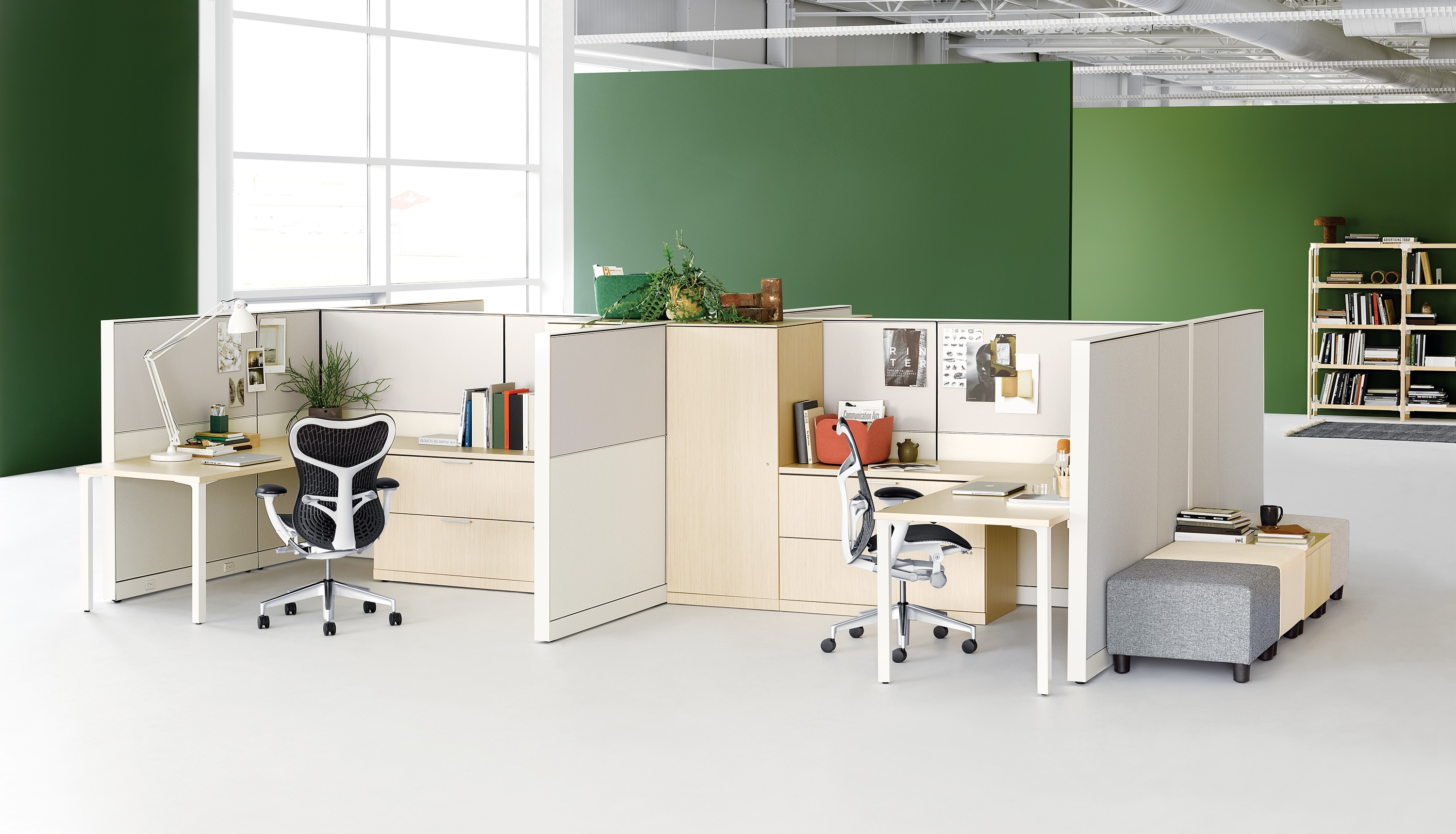Open Plan Office Furniture. © Herman Miller